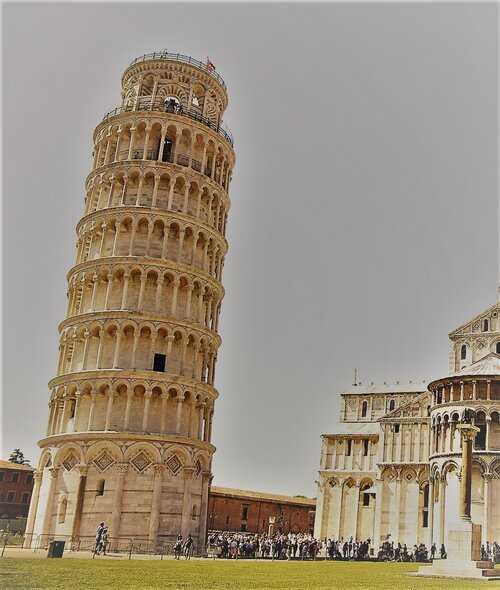 Torre di Pisa un errore