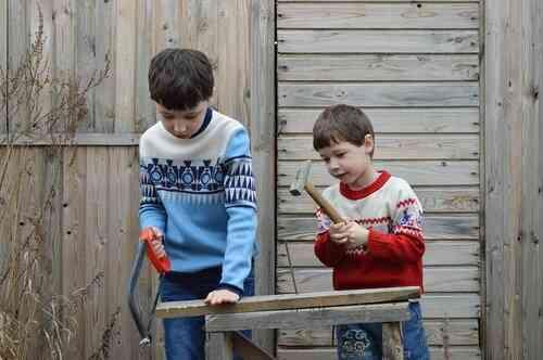 bambini soli con strumenti compensativi